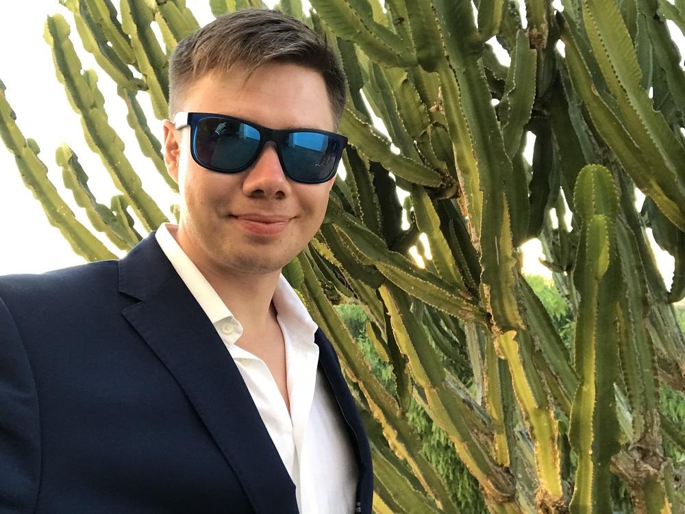 Ekspert Afiliacji MoneyGenius - Łukasz Cichocki to prawdziwy Sukces w Necie!