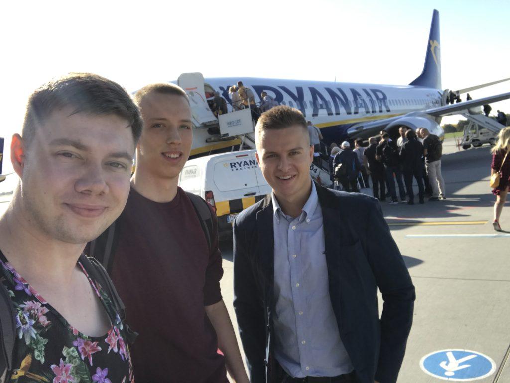 Łukasz Cichocki, Adrian Madej i Damian Maciuszek przed wylotem na Majorkę
